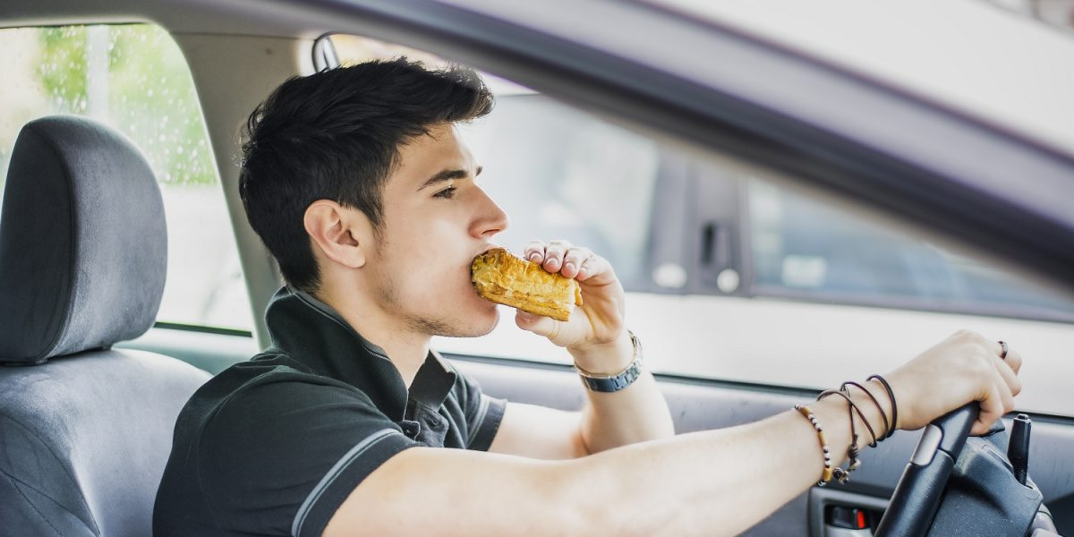 Fit-Tip of the Day: Snack While You Drive